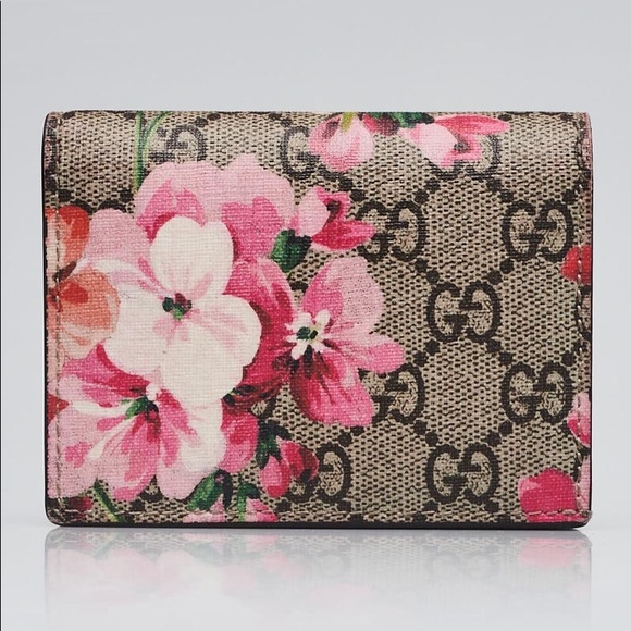 Gucci Handbags - Gucci GG Blooms Wallet